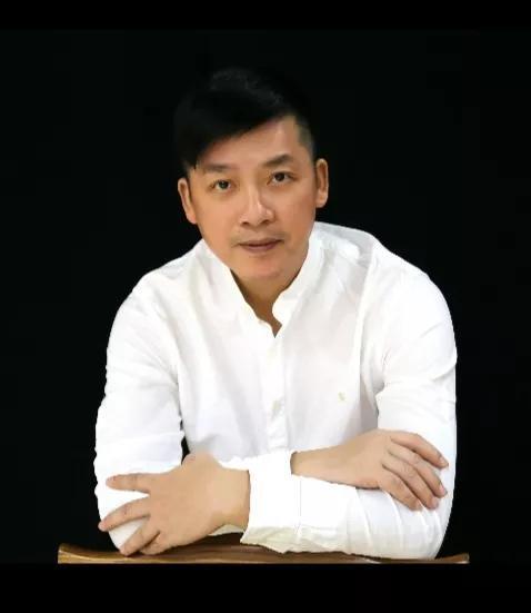 著名黄梅戏演员汪晓明