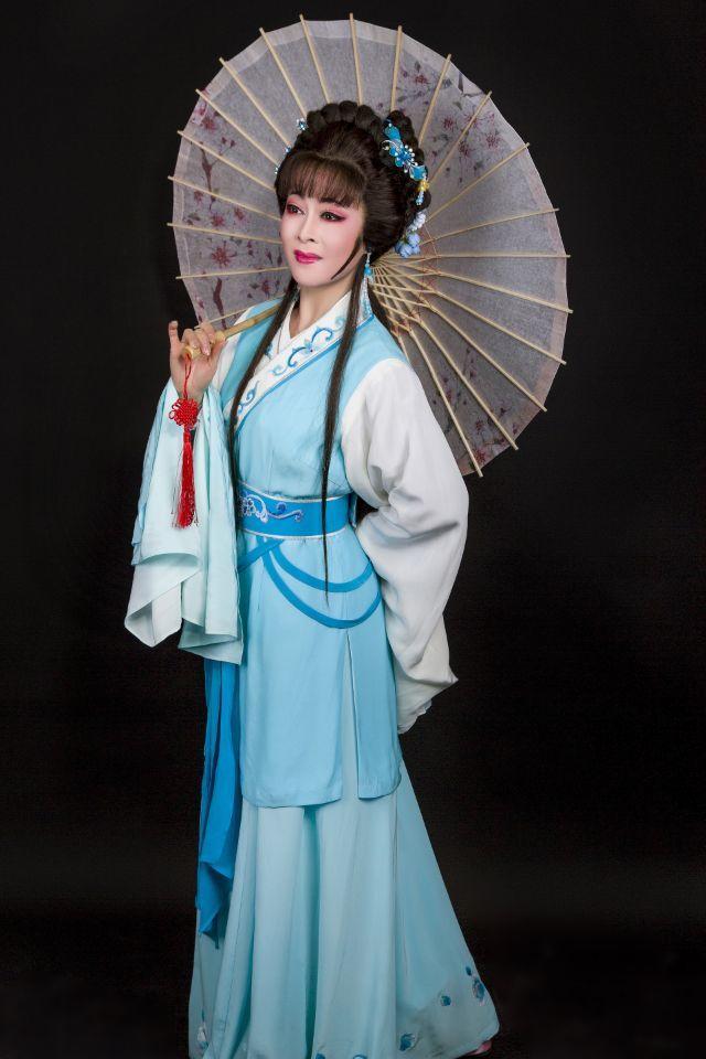 潜山市黄梅戏剧团陈晓玲剧照